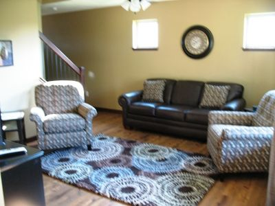 Okoboji cabin rental - living room with pullout sofa bed