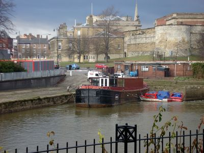York house rental - Garden View over the River Foss Lock
