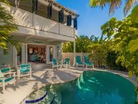 :: LA BONNE VIE @ OLD TOWN :: Steps from Duval / Private Home / Private Pool