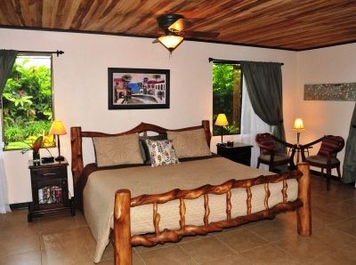 The spacious suite with a King Bed