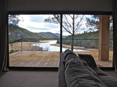 Luxury villa in nature, on silent lake one hour from Madrid