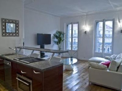 Amazing flat on a Haussmann-Style stret unlike any other in the world