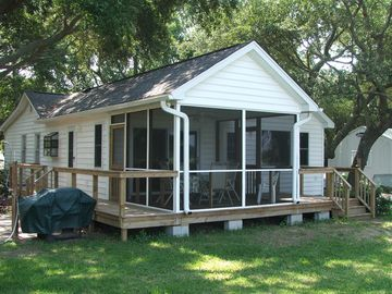 Isle of Palms house rental - Porch overlooking creek and dock