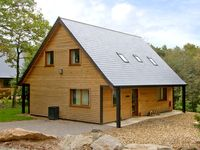 FARLEY, family friendly in Ramshorn Wood Near Alton Towers, Ref 2431