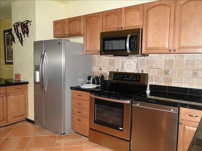 Stainless steel appliances, large fridge
