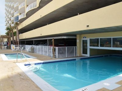 2nd in/outdoor pool, heated, off season blinds, largest hot tub on the beach!!!