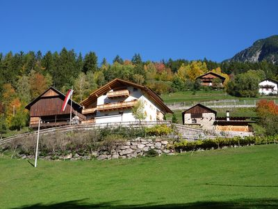 Family-friendly farm directly into the mountains. Pets Allowed - Apartment Ringelblume