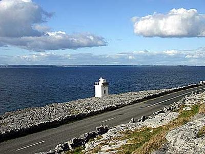 Blackhead lighthouse (Photo: county-clare-i.com )