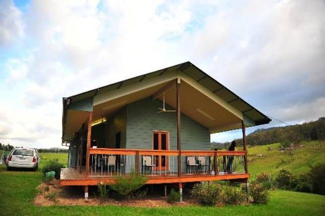 Lillydale Farm Stay - Eco Cabin