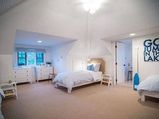 Saugatuck / Douglas house photo - Third Floor Bedroom & Half Bath