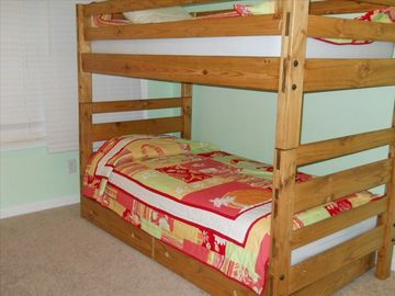Bedroom 3 with Bunk and trundle