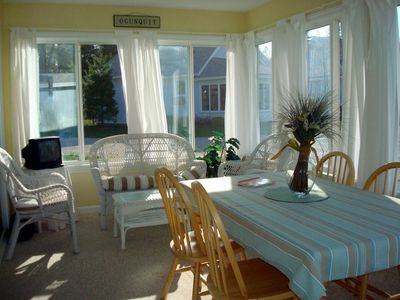 Wells cottage rental - Bright and sunny sunroom