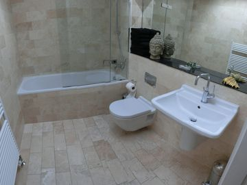 second luxury-bathroom