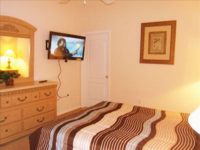 "Silver Creek villa rental - Master King Suite with 40"" HDTV"