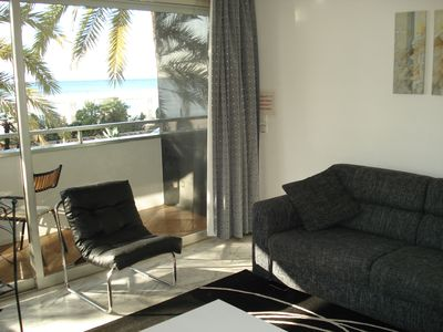 Promenade des Anglais apartment rental - Lounge & Balcony 2