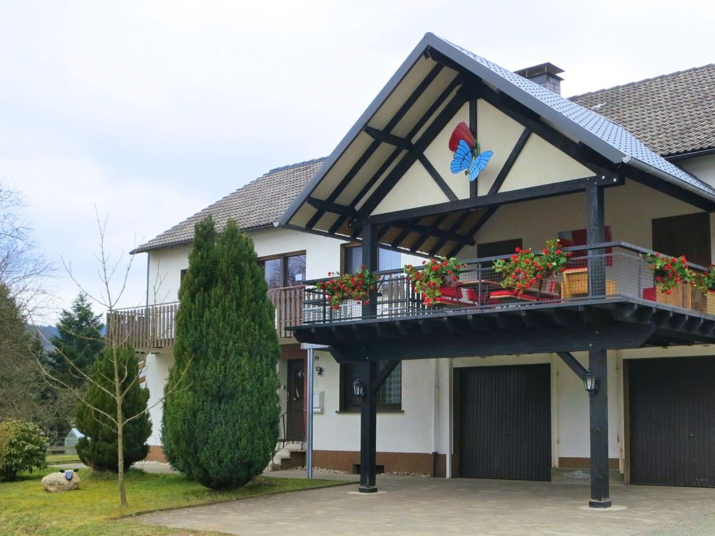 Large and detached holiday house in the beautiful Sauerland near the famous location Winterberg