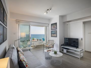 Cozy apartment close to the center of Larnaca with Parking, Internet, Air conditioning