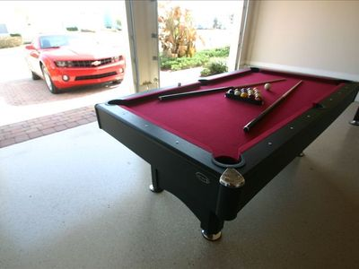 Games room - pool, table football, basket shooter