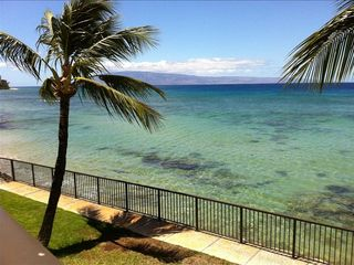 Looking southward to Lanai. There are dozens of sea turtles living in the reef