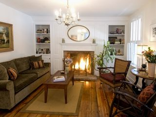 Lewes Delaware Living Room - Lewes cottage vacation rental photo
