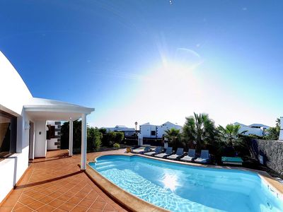 Agatha villa with private heated pool, Jacuzzi and WiFi.