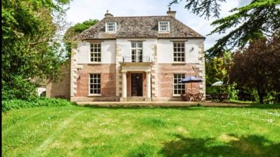 Rewind Time & Discover a Fantastic Spacious Period Home for every occasion