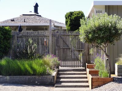 Stinson Beach house rental - Gate to the inner courtyard and home