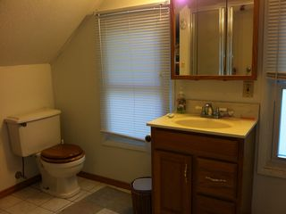 Sawyer house photo - 2nd floor bathroom