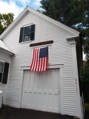 Freedom farmhouse photo - .