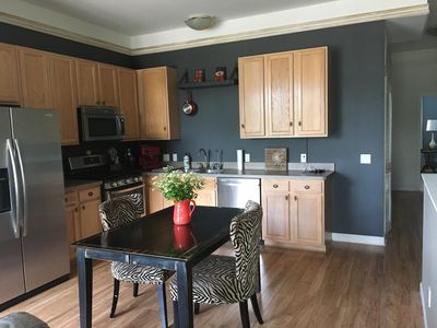 Great Condo in Downtown Brighton. Enjoy the city life.