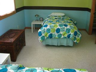 Amery house photo - Trendy bedroom #2