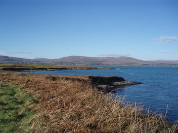 Dunmanus Bay 15 mins walk