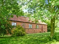 HILL TOP COTTAGE, country holiday cottage in Welbourn, Ref 19923
