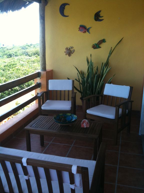 Carribean side Terrace-Great Morning Coffee spot!!