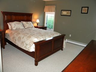 Ludlow house photo - Another Queen Bedroom.