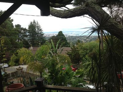 Gorgeous, Fully-furnished Studio In Berkeley Hills With Incredible Bay View
