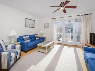 NEW TVs & Furnishings for 2018! Beautiful Mid-Town Townhome w/ Pool - 1/2-Block to Beach!
