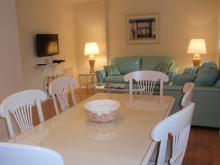 Bethany Beach townhome photo - There is a 32 inch tv and a full sized sofa bed in the sitting area.