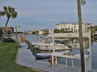 Destin townhome rental - Canal view!