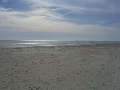 Ocean ONE 304:  Updated 3BR in Oceanfront Complex!  Walk to Shops, Dining