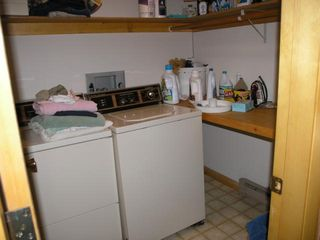 Lincoln house photo - washer / dryer available