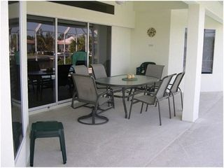 Vacation Homes in Marco Island house photo - Eating area on lanai