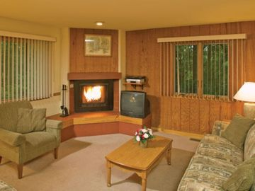 Stroudsburg condo rental - Living Room of the Ridgetop Units at the Shawnee Village Resort