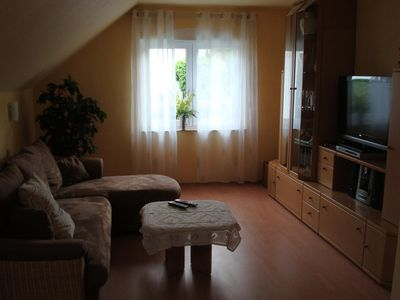Cozy 2 ZKDB comfort apartment near Dusseldorf, conveniently located for exhibition