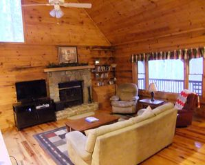 Maggie Valley cabin photo - Spacious Great Room -Wood Fireplace, DVDs, HBO, Showtime and Cinemax