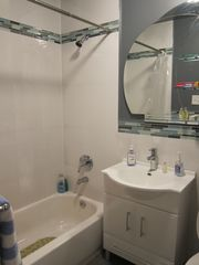 Queens townhome photo - full Bathroom