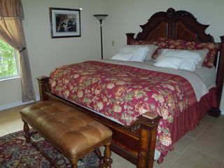 Suwannee River house photo - Master Bedroom with private bath - King Size Bed
