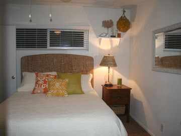 Bedroom with super comfortable queen sized mattress!