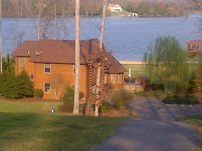 Libby's Landing Waterfront Log Home 'Weekends $695 & Up'
