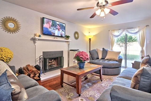 A wonderful place to be south austin 3br vrbo for W living room austin